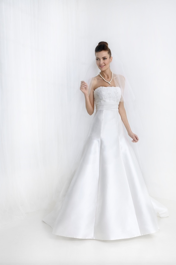 Vestiti da sposa 2019 confezionati da Rovi Sposi Monza Brianza
