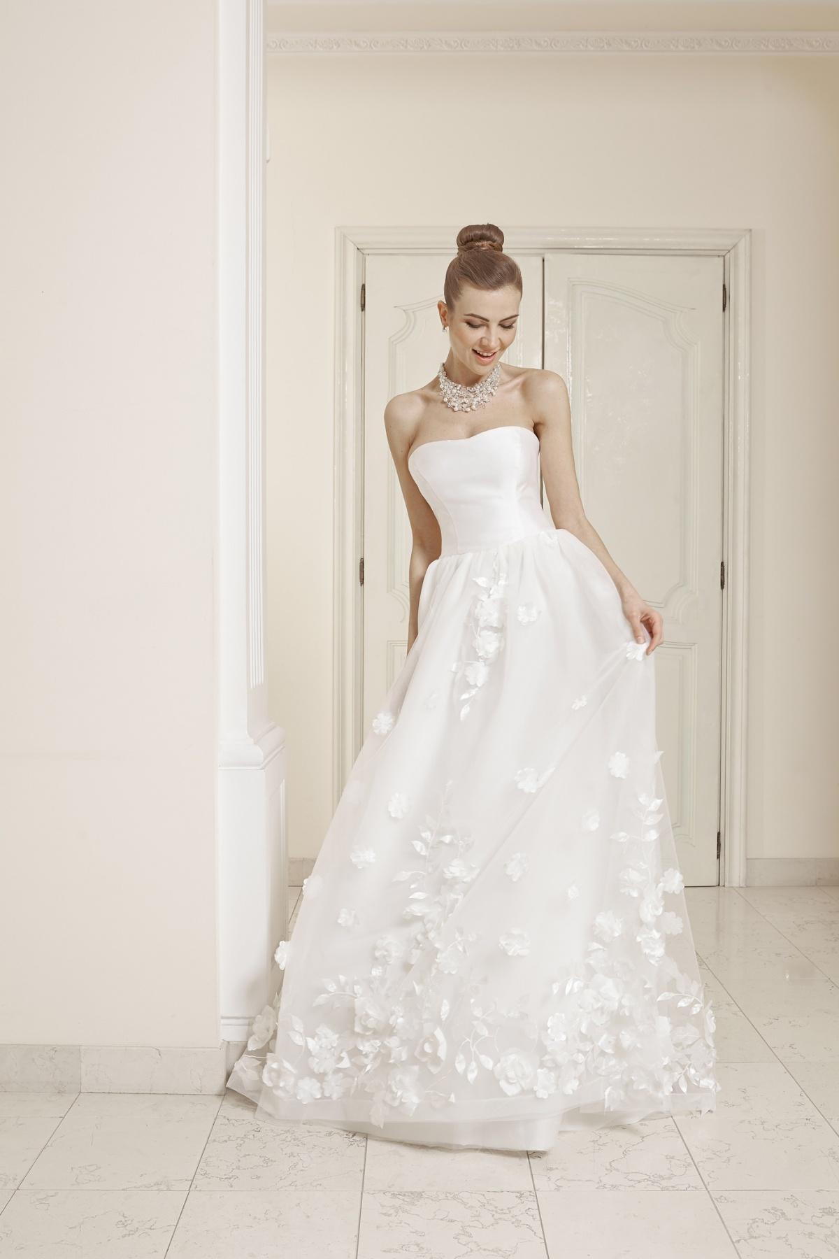 362dc43e18c22 Vestiti da sposa Varese e provincia - Atelier Rovi Sposi